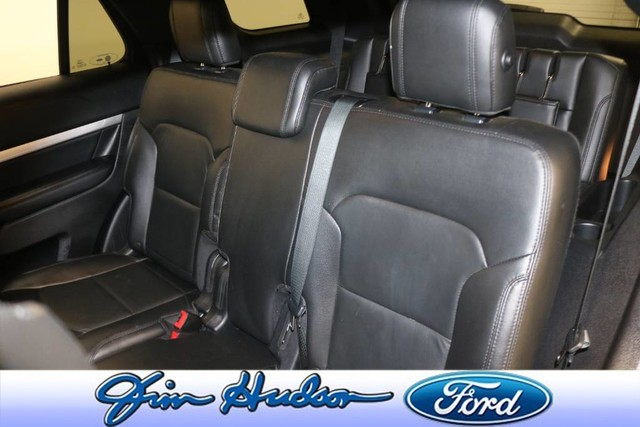 Pre-Owned 2017 Ford Explorer XLT NAVIGATION LEATHER POLISHED 20 INCH WHEELS BLIND SPOT MONITO