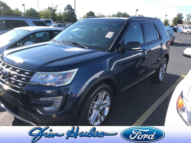 Pre-Owned 2017 Ford Explorer XLT 4WD NAVI LEATHER TWIN PANEL ROOF BLIND SPOT MONITORING 2ND ROW BUCKET SEATS 20 INCH POLISHED WHEELS