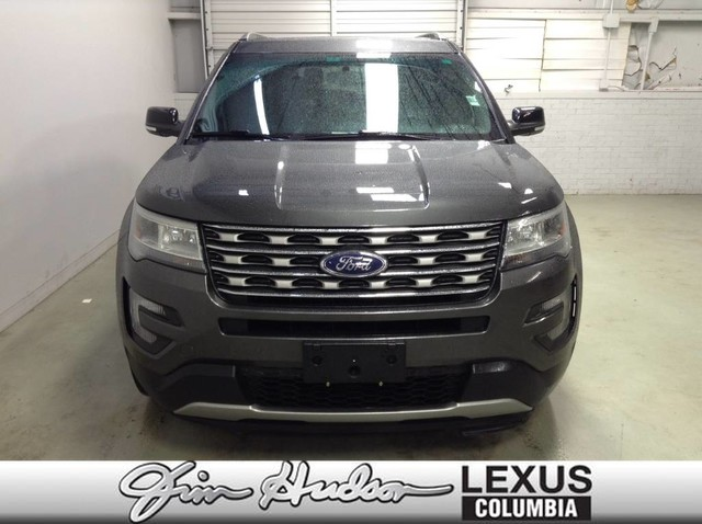 Pre-Owned 2016 Ford Explorer XLT Panoramic Moon Roof, Leather, Navigation, Third Row Seating