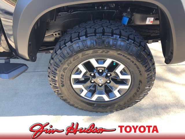 New 2019 Toyota Tacoma 2WD TRD Off Road Double Cab 5' Bed V6 AT