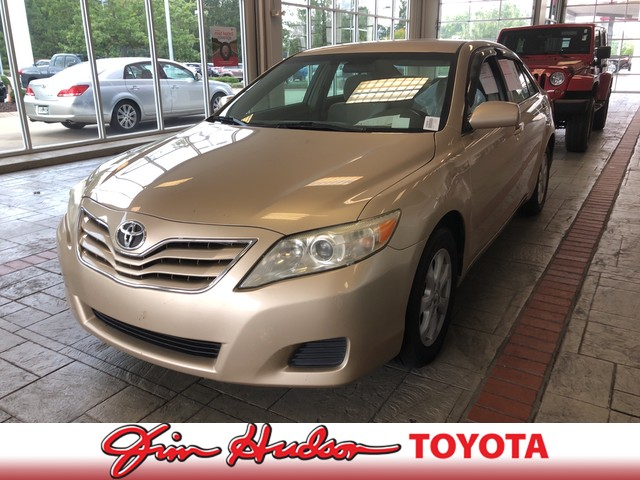 Pre-Owned 2010 Toyota Camry LE
