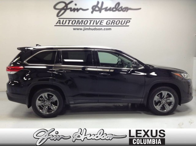 Pre-Owned 2018 Toyota Highlander Platinum Package