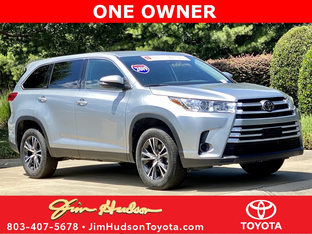 Certified Pre-Owned 2019 Toyota Highlander LE