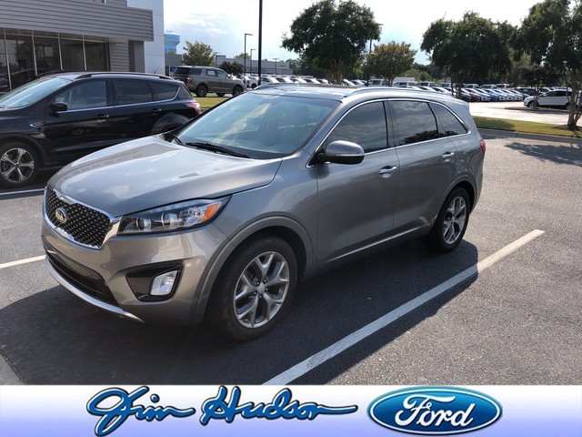 Pre-Owned 2017 Kia Sorento SX V6 NAVI LEATHER PANO ROOF 3RD ROW SEATING HEATED SEATS