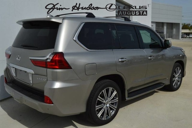 Pre-Owned 2017 Lexus LX 570 /LUX PACK/NAV/COOL BOX