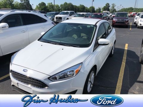Pre-Owned 2016 Ford Focus SE SYNC AND SOUND AUTOMATIC