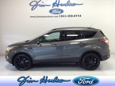 Pre-Owned 2017 Ford Escape Titanium NAVI LEATHER PANO BLIND SPOT INFO ROOF 19 INCH WHEELS