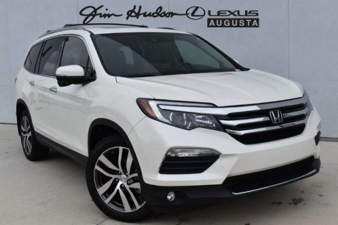 Pre-Owned 2017 Honda Pilot Touring/NAV REAR ENT