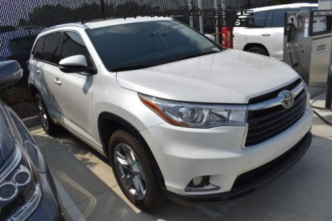 Pre-Owned 2016 Toyota Highlander / Limited / BSM / Park Assist / Lane Keep