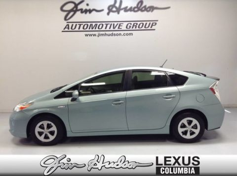Pre-Owned 2015 Toyota Prius Backup Camera, 6-way Adjustable Driver Seat, Auto Climate Control