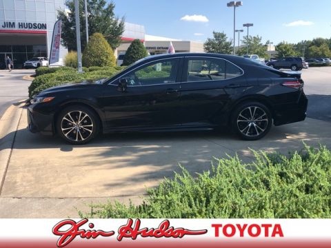 Certified Pre-Owned 2018 Toyota Camry SE...APPLE CAR PLAY